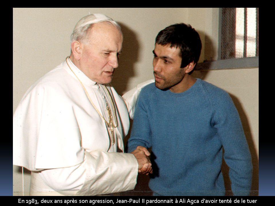 En 1983, deux ans après son agression, Jean-Paul II pardonnait à Ali Agca d avoir tenté de le tuer