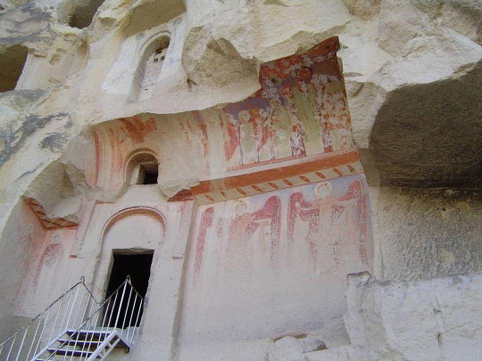 An 17, la Cappadoce est intégréè à l'empire Romain.