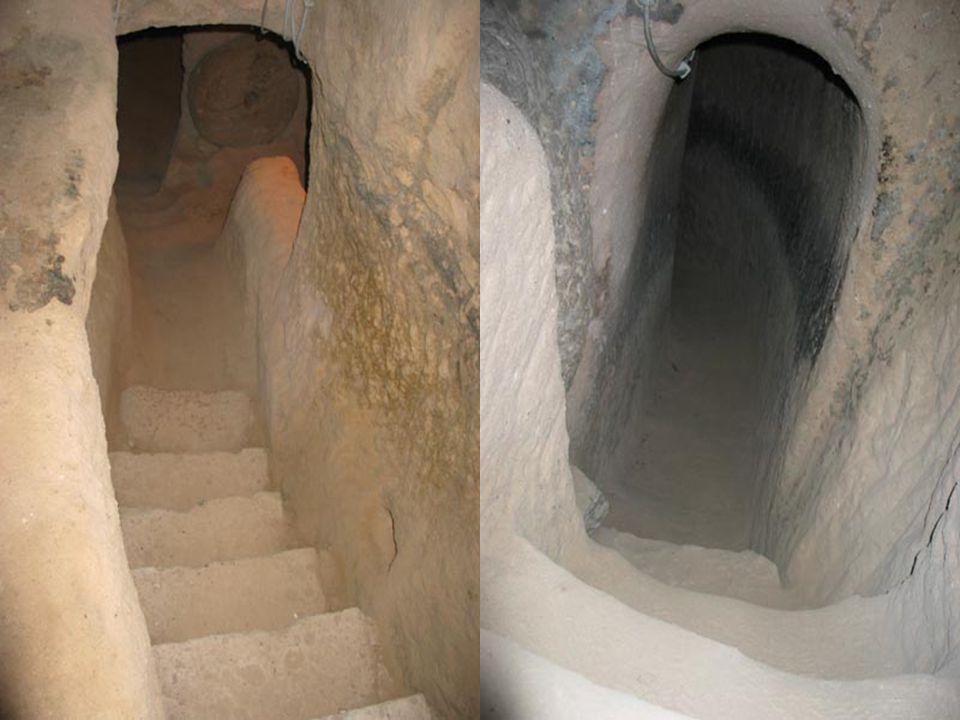 Derinkuyu et Kaymakli descendent sur 8 étages.
