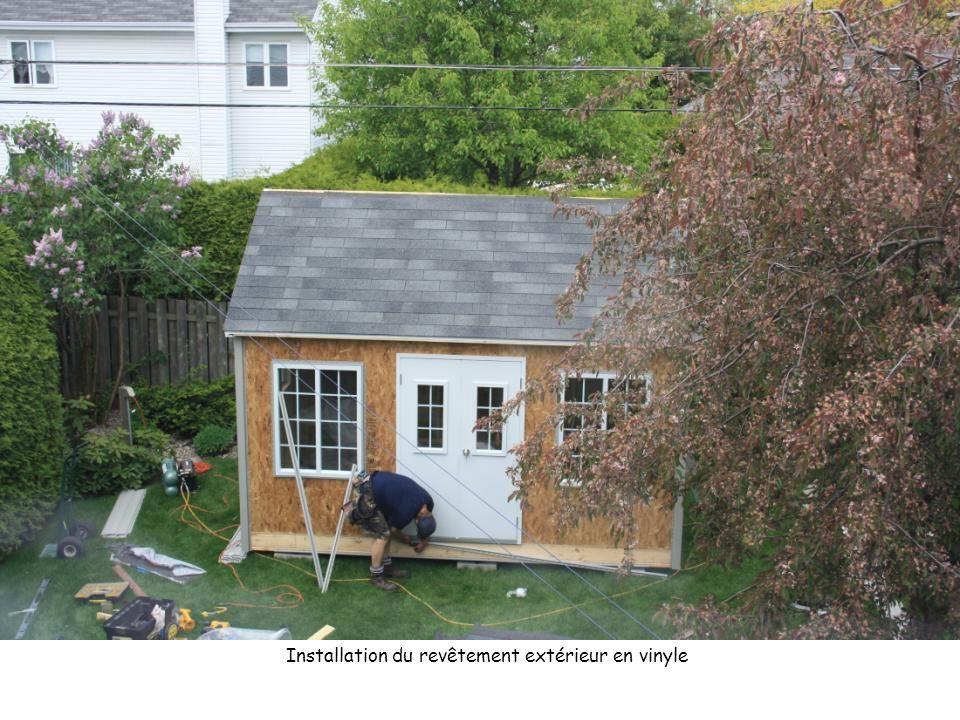Installation du revêtement extérieur en vinyle