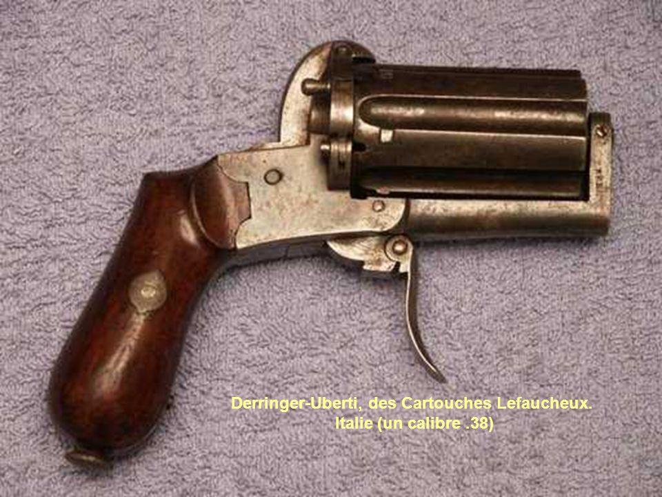 Derringer-Uberti, des Cartouches Lefaucheux. Italie (un calibre.38)