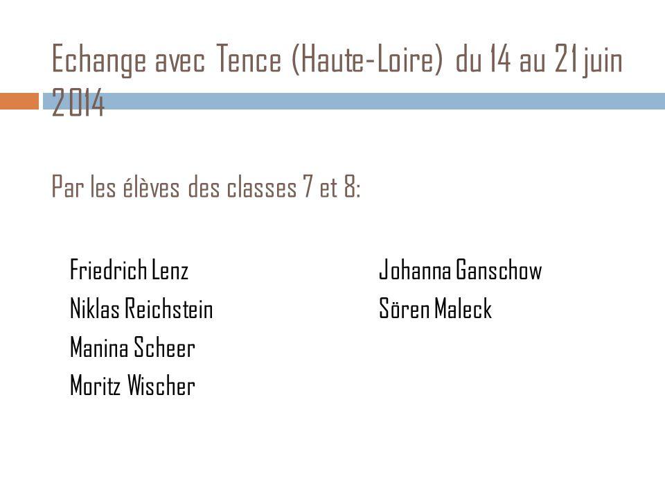 Les différences: la vie quotidienne en France  En France, les élèves qui habitent à Tence se lèvent à 7 heures et les élèves qui habitent loin de Tence se lèvent plus tôt et arrivent avec le bus au collège.