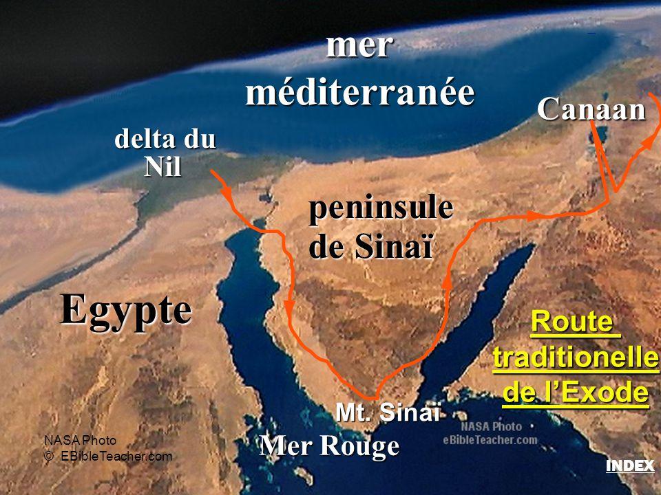 Egypte delta du Nil Nil merméditerranée Mer Rouge Canaan Mt. Sinaï Routetraditionelle de l'Exode NASA Photo © EBibleTeacher.com peninsule de Sinaï Rou