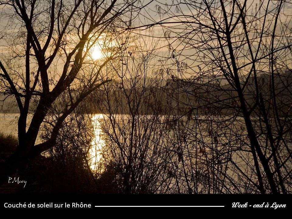 Week - end à Lyon Couché de soleil sur le Rhône