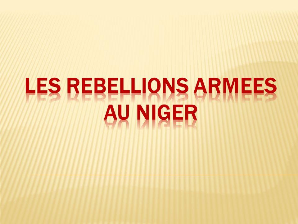  1985: premiers signes avant-coureurs du déclenchement de la première rébellion armée  1990: intensification de la rébellion suite aux évènements dits de Tchintabaraden (opération militaire occasionnant 63 morts dans les rangs des rebelles)  Motivations: déséquilibre en matière de développement en défaveur des régions du Nord du pays.