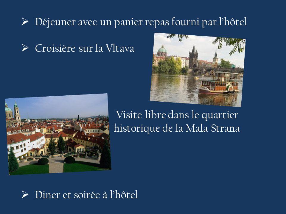  Déjeuner avec un panier repas fourni par l'hôtel  Croisière sur la Vltava  Visite libre dans le quartier historique de la Mala Strana  Diner et soirée à l'hôtel