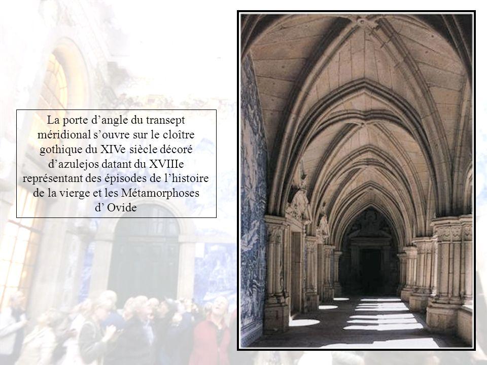 L'un des motifs d'orgueil de la Sé do Porto, la cathédrale, est que, sous ses voûtes se marièrent le roi Jean Ier du Portugal et Philippa de Lancastre, dont les enfants passeront à l'histoire sous le nom de ''la génération glorieuse''.