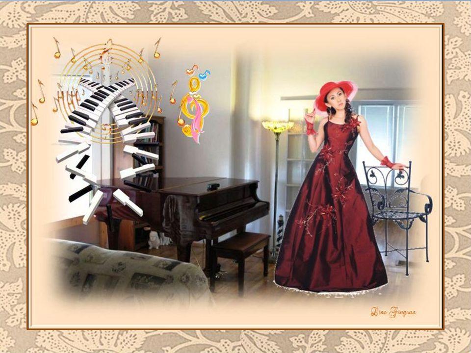 Encore une fois un jour recommence; Dans sa tête, ce matin, le bonheur chante; Installée au piano avec un air enjoué Une musique ancienne vient la fai