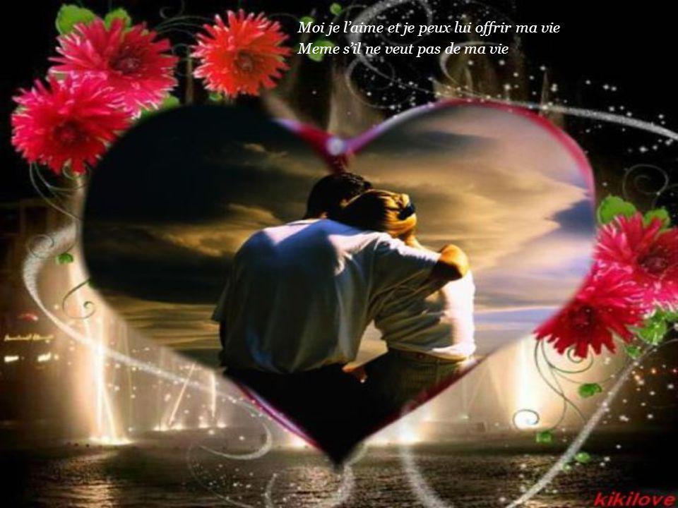Il est si pres de moi pourtant je ne sais pas comment l'aimer Lui seul peut decider qu'on se parle d'amour ou d'amitié