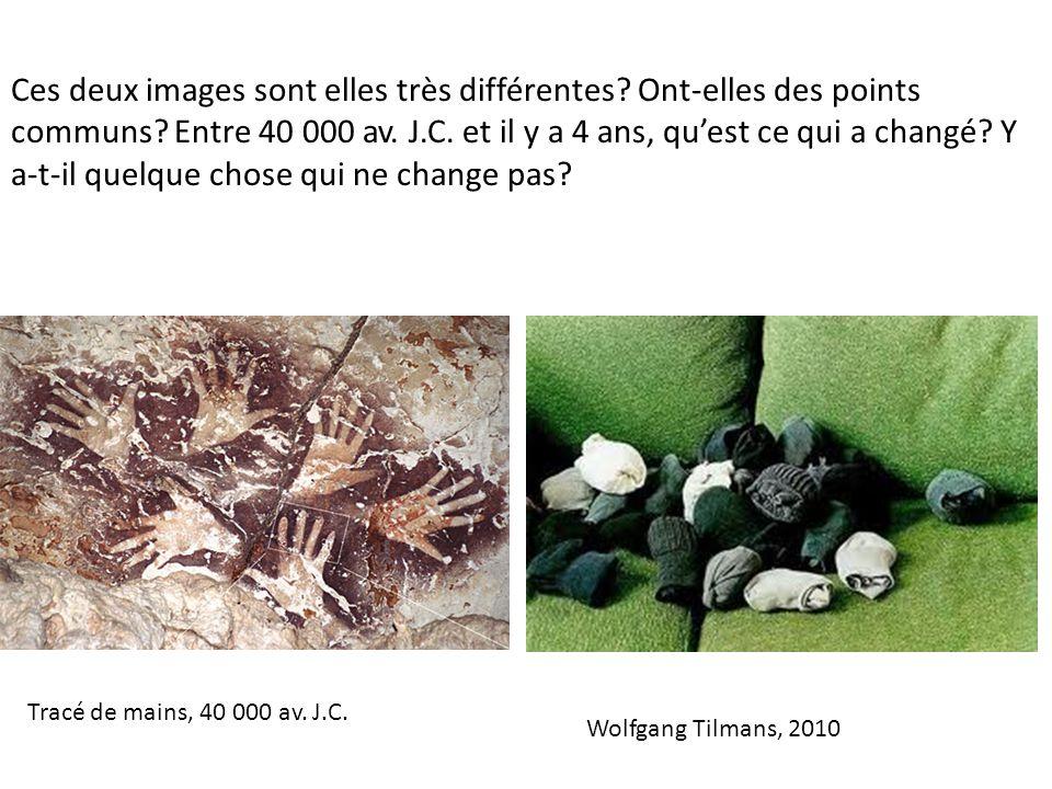 Tracé de mains, 40 000 av. J.C. Ces deux images sont elles très différentes.