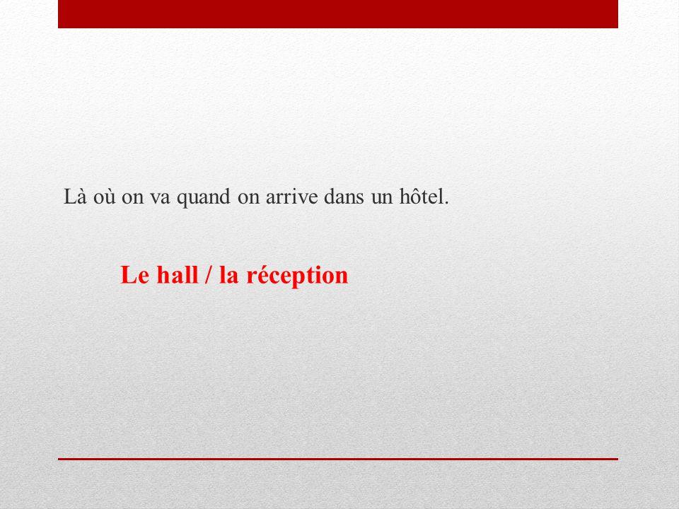 Write sentences using the words provided.M. LeBrun / vieux / voisins M.