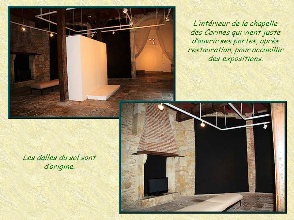 Le musée de Borda est installé dans la Chapelle des Carmes, construite en 1523. Il y présente ses collections par roulement, ainsi que des expositions