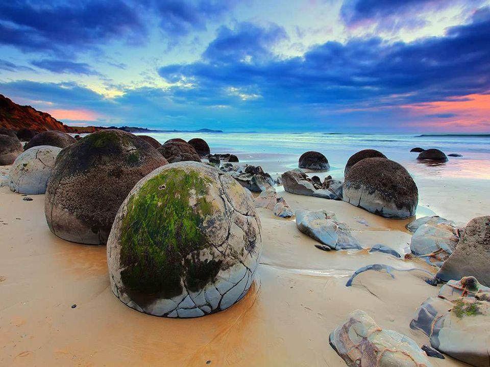 Les oeufs de dragons de Koekohe Beach, Nouvelle-Zélande