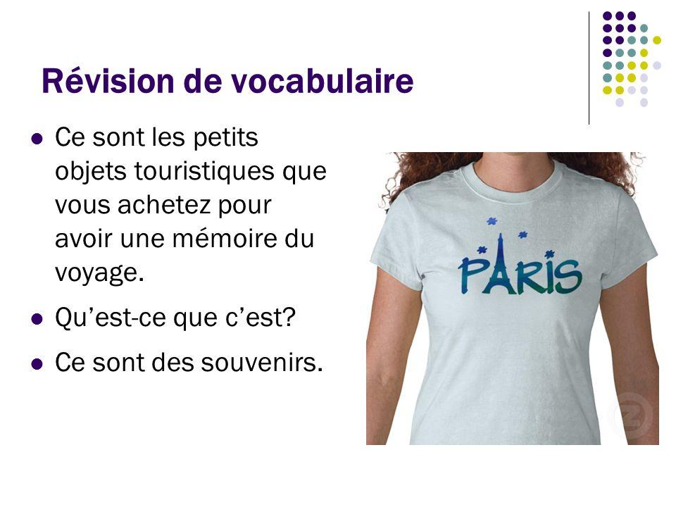 Révision de vocabulaire C'est un véhicule dans lequel on peut voyager, manger, et dormir.