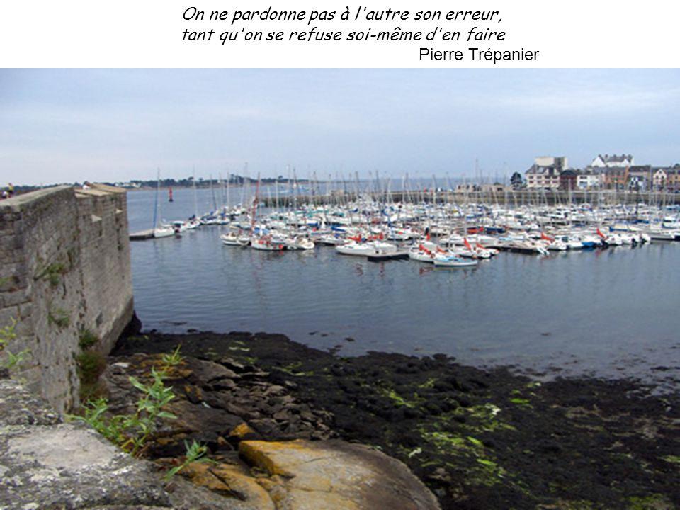 Celui qui n'attend plus rien des autres ne retient plus rien des autres Pierre Trépanier