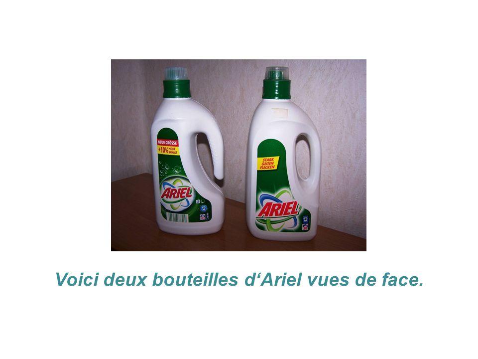 Voici deux bouteilles d'Ariel vues de face.
