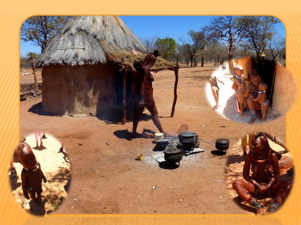 Le peuple Himba vit encore selon ses traditions ancestrales et ne veut pas les perdre.