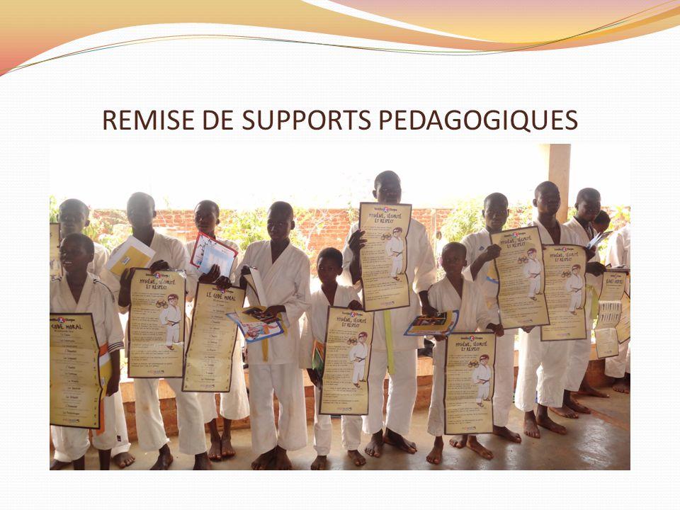 REMISE DE SUPPORTS PEDAGOGIQUES