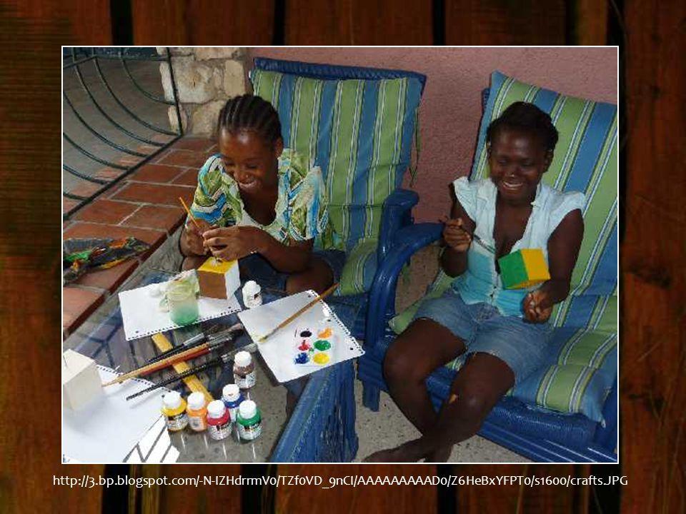 http://3.bp.blogspot.com/-N-IZHdrrmV0/TZf0VD_9nCI/AAAAAAAAAD0/Z6HeBxYFPT0/s1600/crafts.JPG