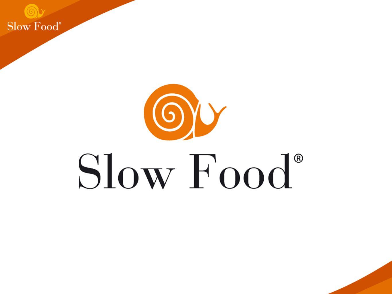 une organisation internatonale éco- gastronomique, supportée par les adhérents, non-lucrative un mouvement fondé en 1989 pour réagir contre les idées de « fast food » et de « fast life » un réseau mondial visant à changer la manière selon laquelle la nourriture est conçue et consommée Qu est-ce que Slow Food?