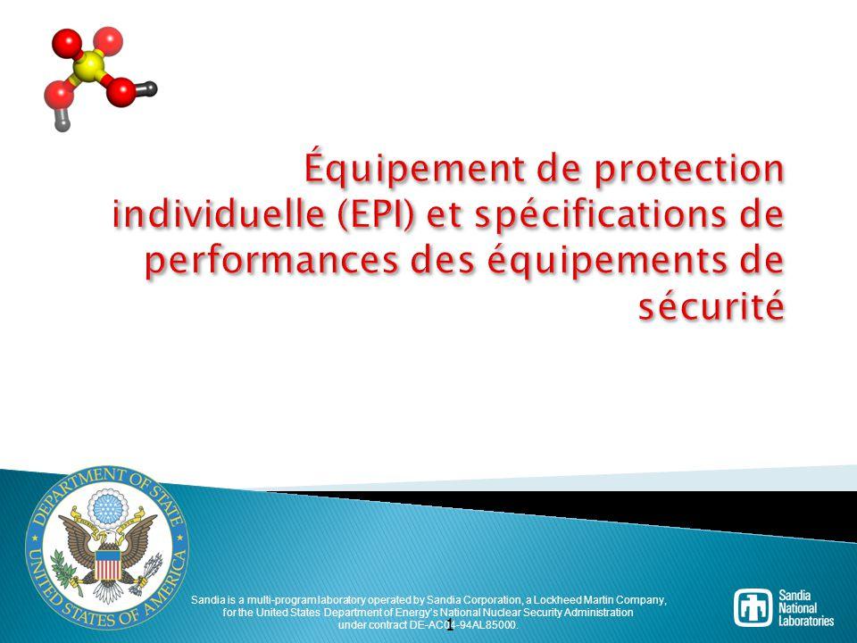 Combinaisons de protection de niveau B  Vapeurs atmosphériques ou niveaux de gaz non suffisants pour exiger une protection de niveau A.